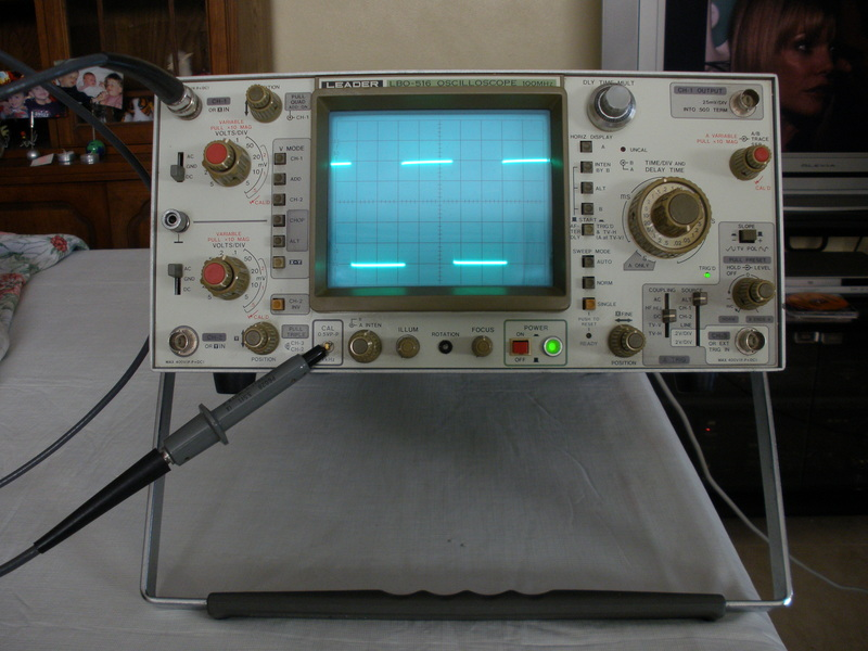 Leader Electronics Lbo-516 100Mhz, 3 Ch Analog Oscilloscope